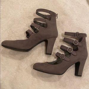 Xappeal Shoes - Cute heels